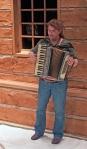 IMG_8937 kelly accordion cropped 72dpi