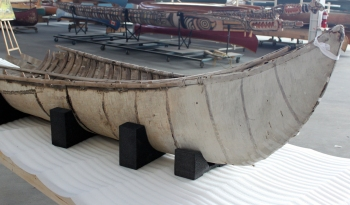 Proper supports, like these ethafoam blocks, ensure that this delicate 200 year old canoe is well supported and stabilized.
