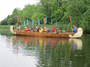 Paddles straight up in N.Canoe group shot